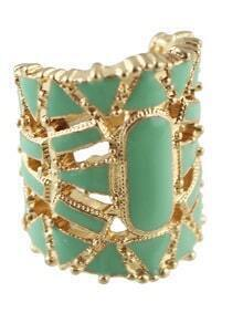 Green Hollow Out Bangle Ring