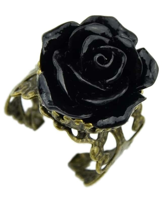 Black Rose Retro Gold Ring