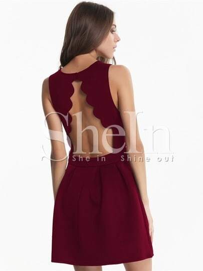 Scalloped Trim Backless Pleated Dress