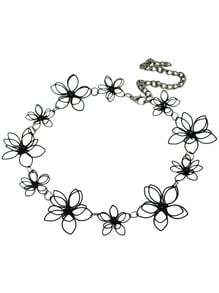 Pretty Black Flower Necklace