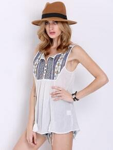 Top sin manga tribal bordado -blanco