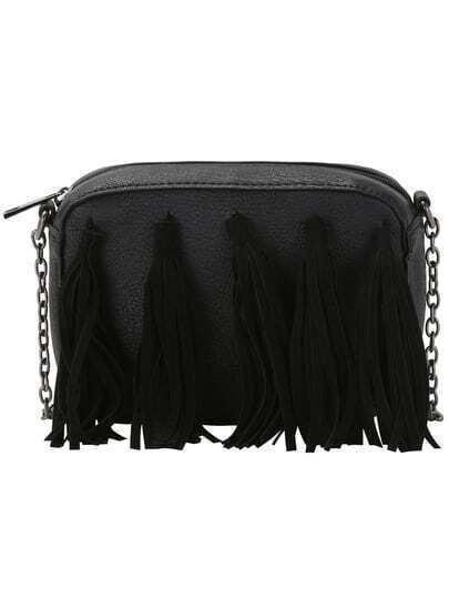 Чёрная модная сумка с бахромой