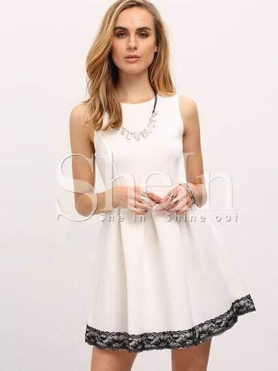 Black Lace Hem Sleeveless Pleated Dress