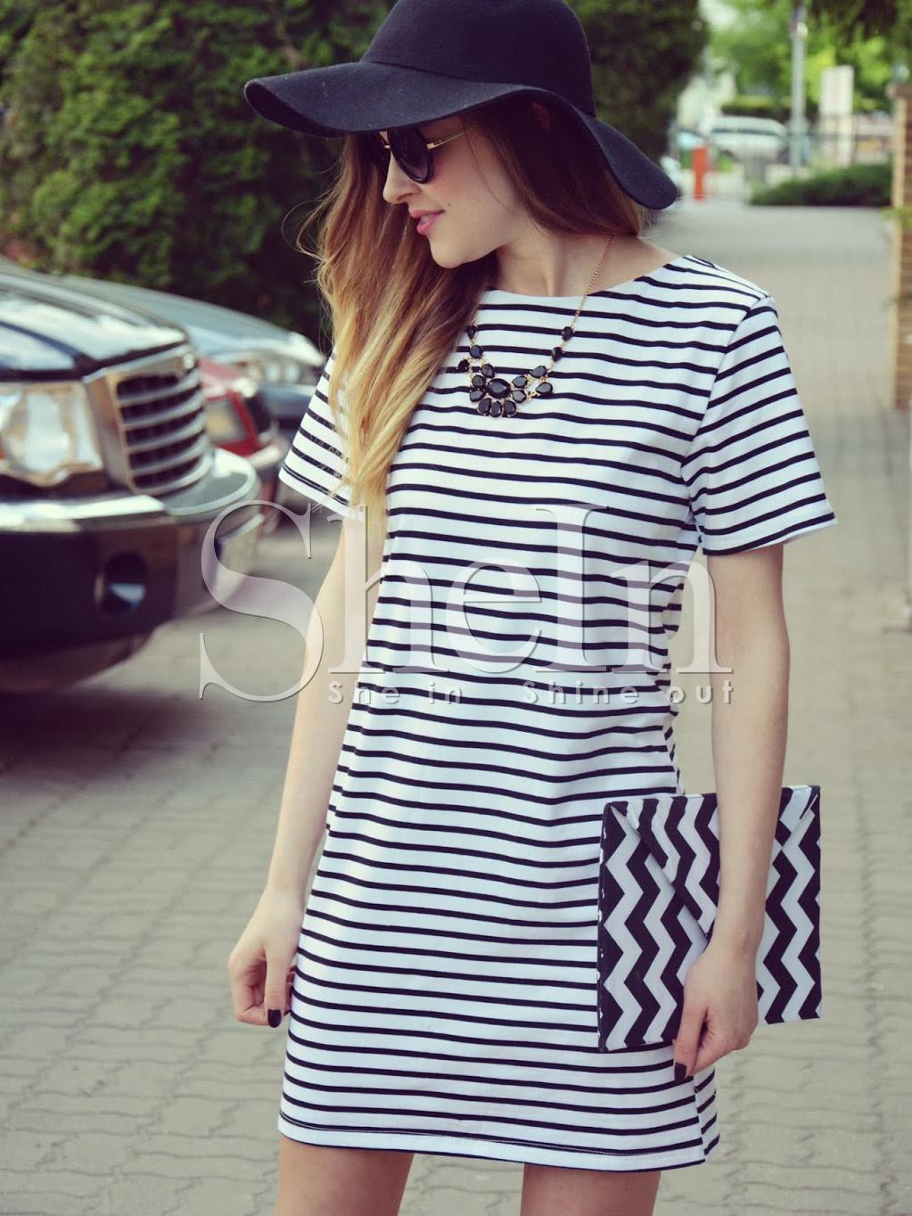Чёрно-белое полосатое платье от SheIn