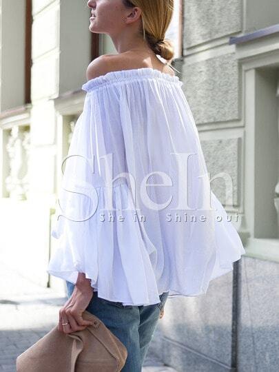 Белая блуза. овальный вырез