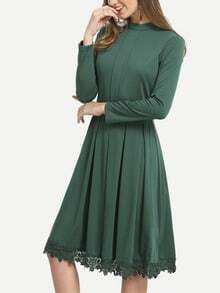 Green Crew Neck Pleated Lace Hem Dress