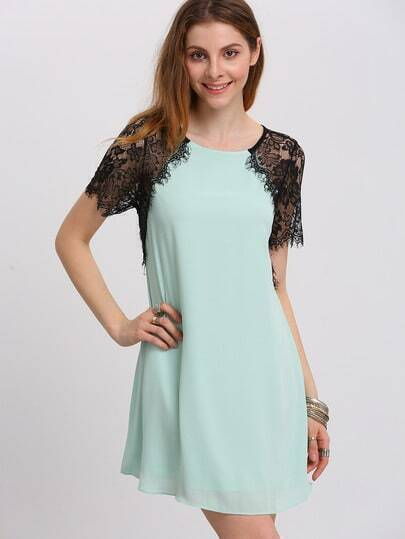White Lace Short Sleeve Keyhole Back Shift Dress