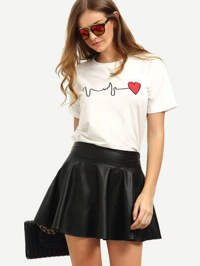 Short Sleeve Heart Print T-shirt