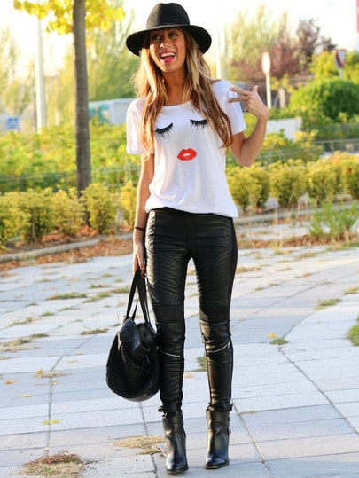 Eyelash Lip Print Rolled Sleeve Loose T-shirt