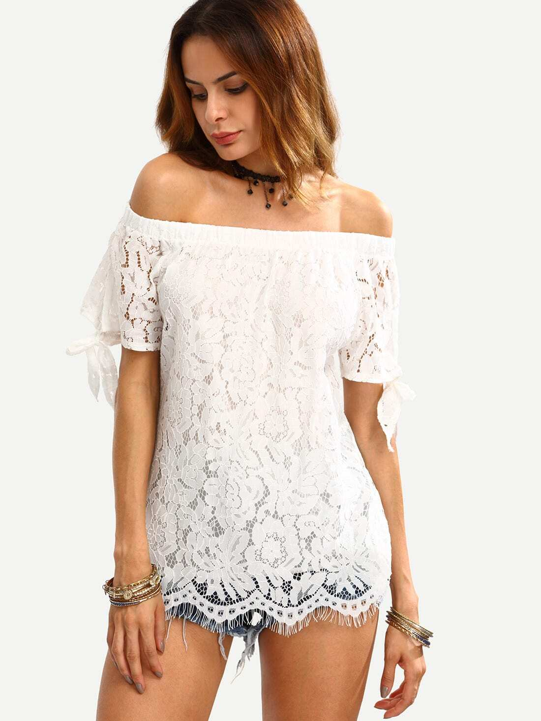 http://it.shein.com/White-Off-The-Shoulder-Lace-Insert-Knotted-Top-p-290617-cat-1733.html