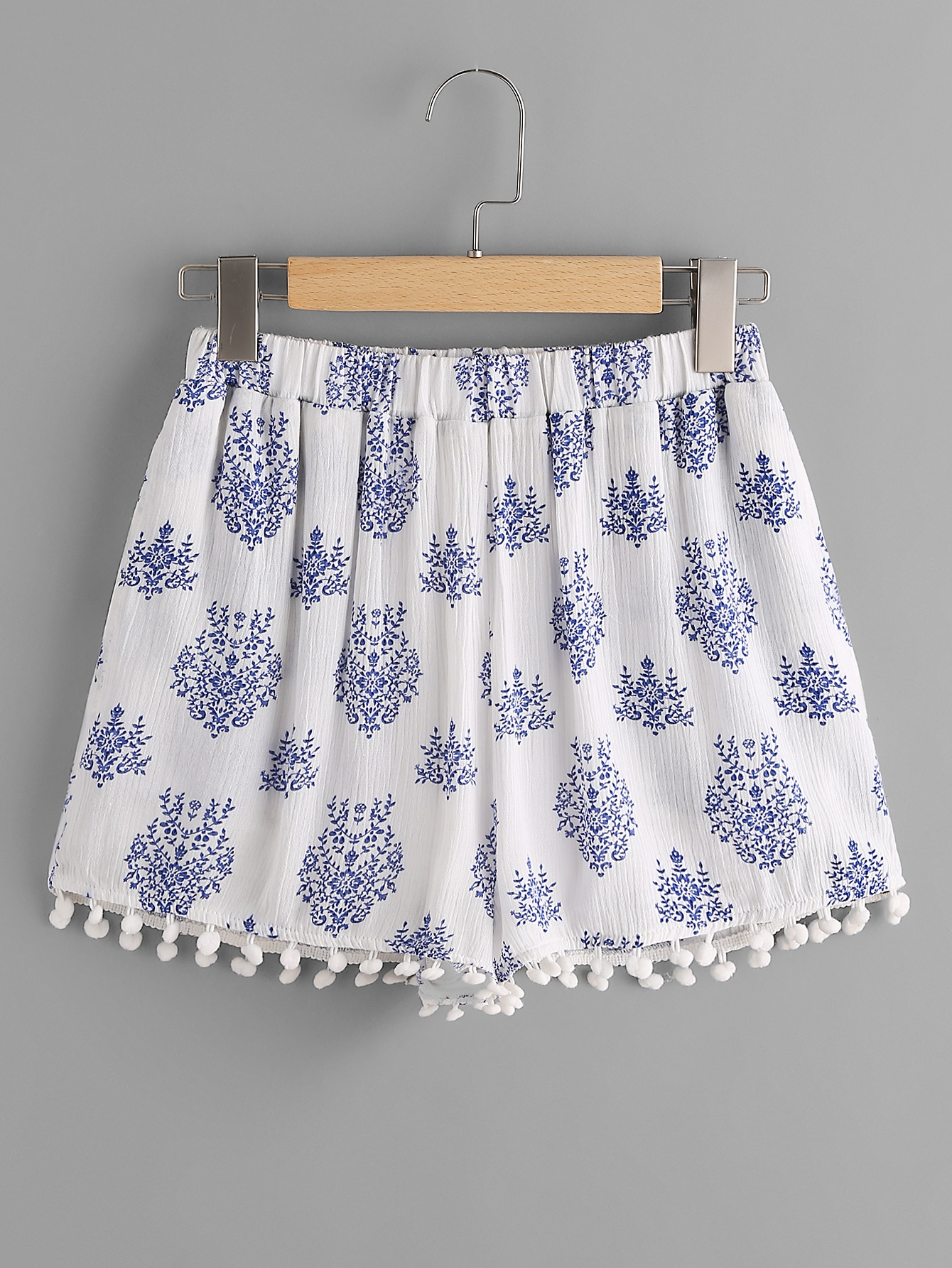 Фото Pom Pom Trim Leaf Pattern Crinkle Shorts. Купить с доставкой