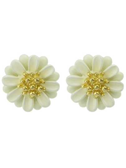 White Bead Flower Stud Earrings