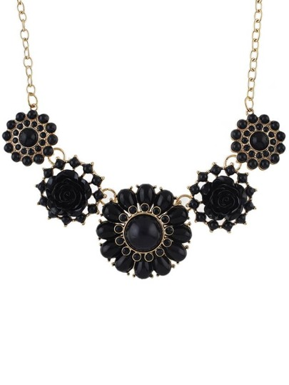 Black Gemstone Flower Necklace