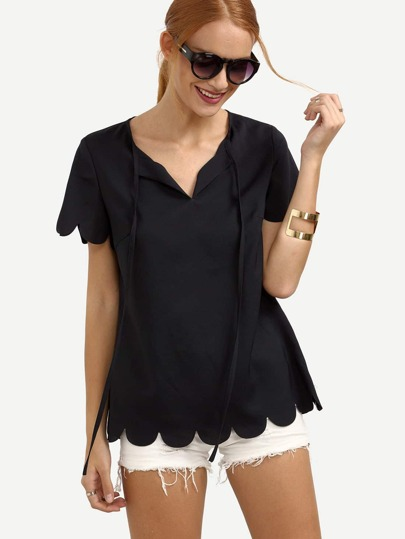 Tied Scallop Hem V-cut Blouse