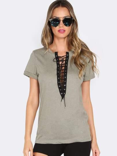 Модная футболка цвета хаки со шнурвокой