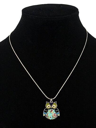Collier avec pendentif de chouette