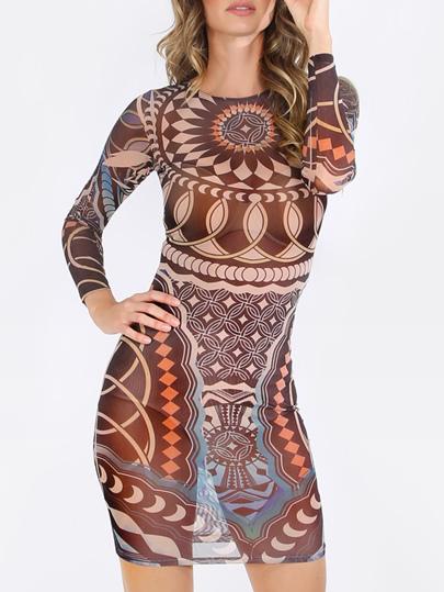 Стильное облегающее платье с этническим принтом. длинный рукав