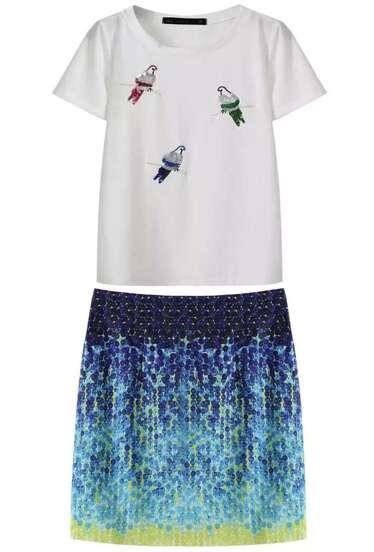 Camsieta lentejuelas pájaros blanca con falda azul