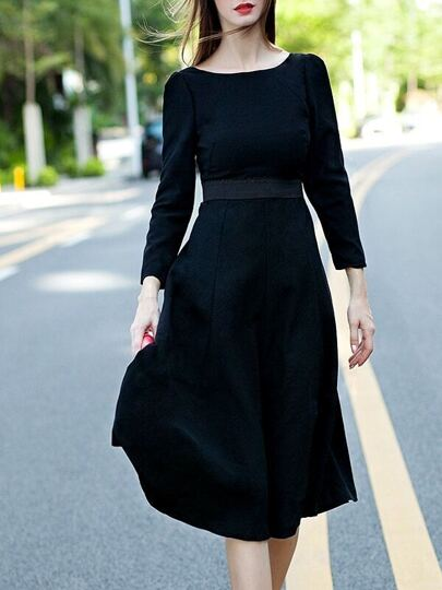Black Round Neck Length Sleeve Backless Flare Dress