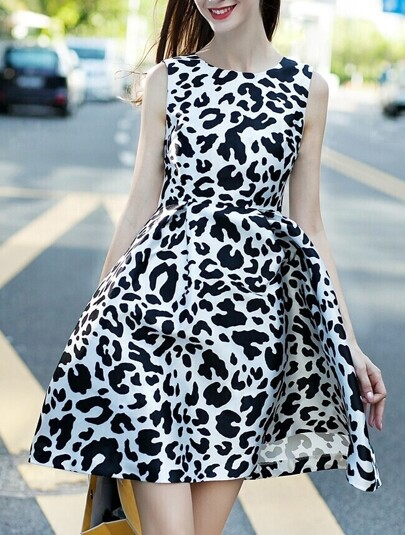 White Round Neck Sleeveless Leopard Print Dress