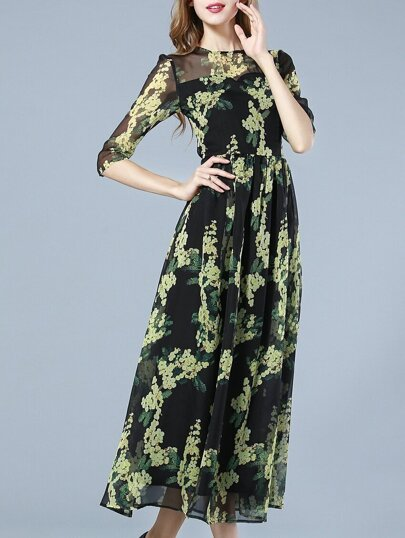 Black Round Neck Half Sleeve Print Dress