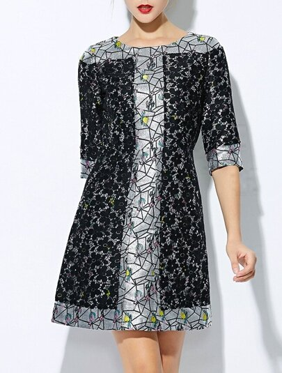 Black Round Neck Half Sleeve Print Dress