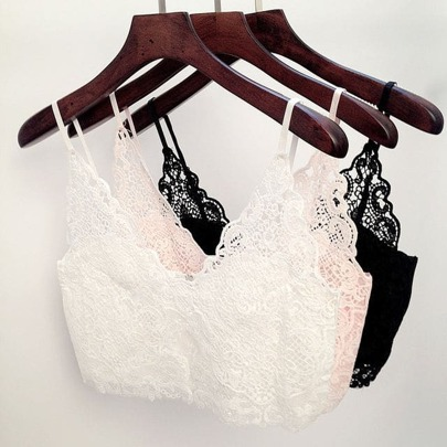 Must have basic lace crop top
