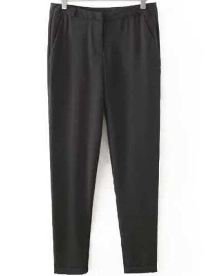 Black Pockets Slim Pant