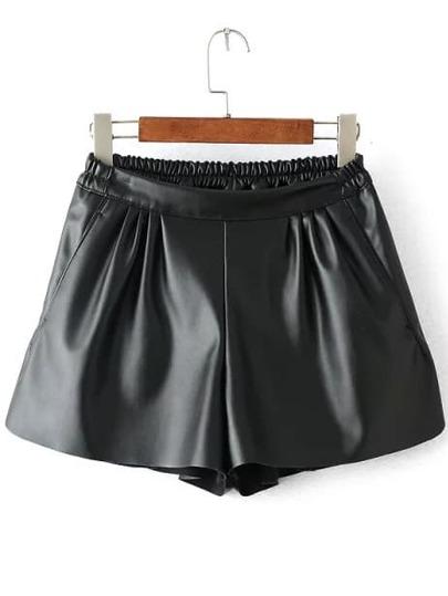 PU Shorts mit Gummibund - schwarz