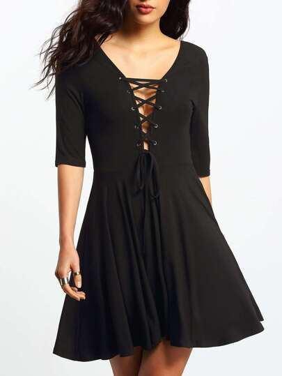 Black Lace-up Backlss Pleated Dress