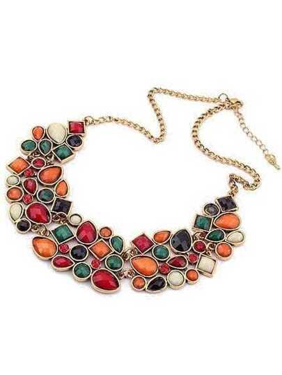 Золотистое ожерелье с красочными камнями