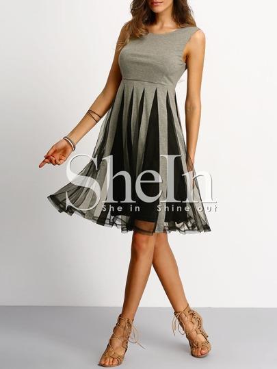 Grey Black Sleeveless Pleated Dress