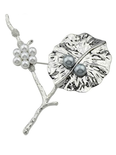 Silver Plated Pearl Flower Brooch