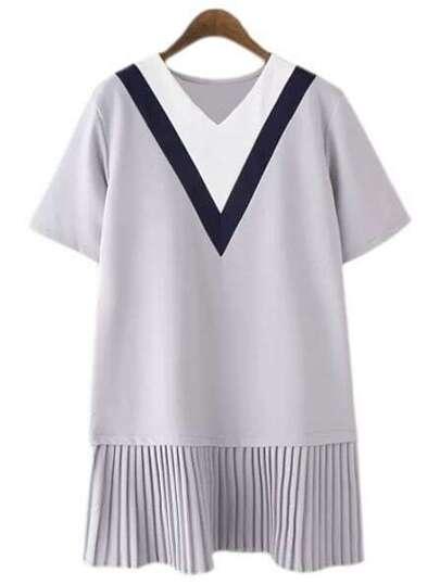 Grey Short Sleeve V Neck Pleated Dress