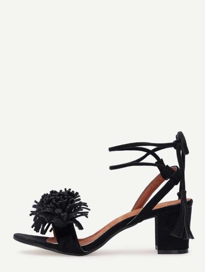 Sandalen mit Blockabsätzen und Schnürung -schwarz