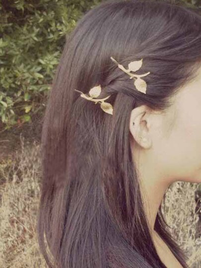 Carved Leaf Bobby Pin 1PC