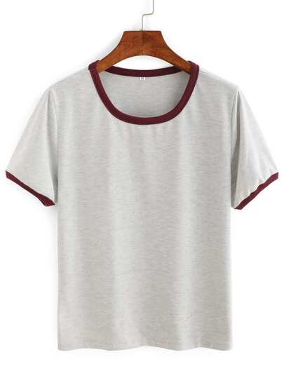 T-shirt semplice con maniche corte