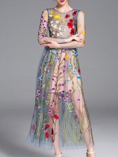 Vestido bordado maxi -azul