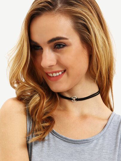 Black Metal Embellishment Choker Necklace