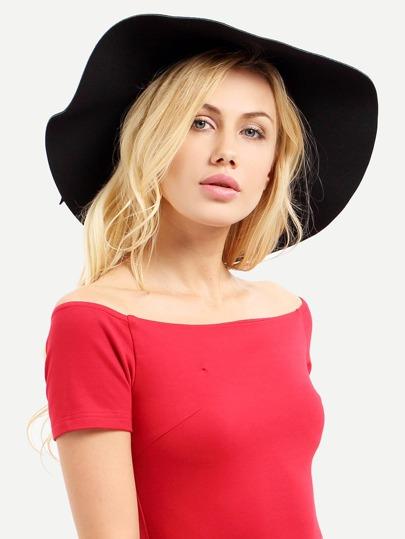 Чёрная модная шляпа с бантом