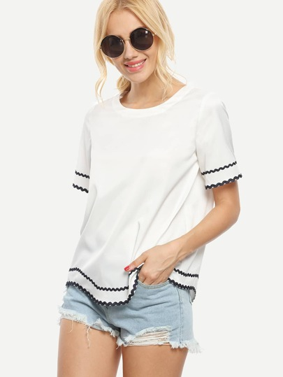 White Short Sleeve Wave Trimmed T-shirt