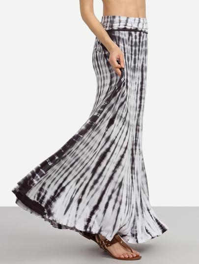 Black Tie Dye Print Maxi Skirt