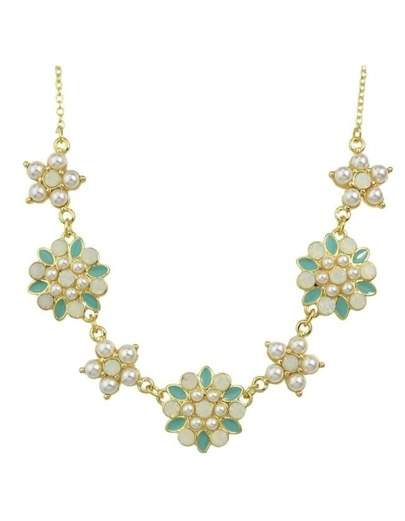 Green Pearl Flower Necklace