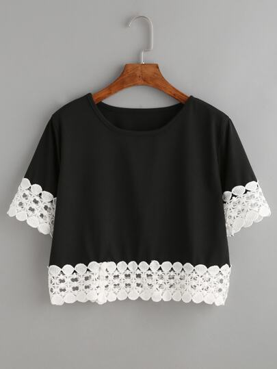 Camiseta crochet crop - negro