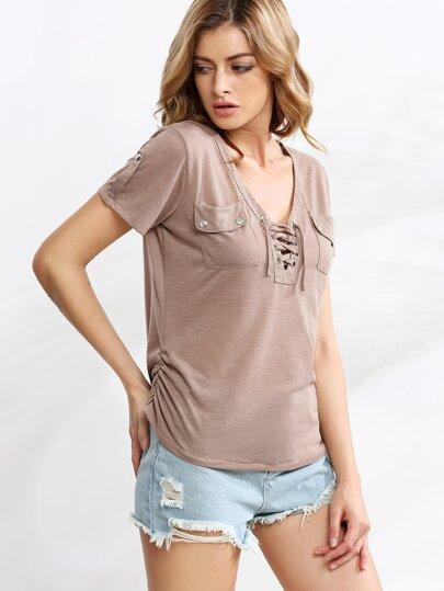 Camiseta escote cordón fruncido lateral bolsillo - marrón