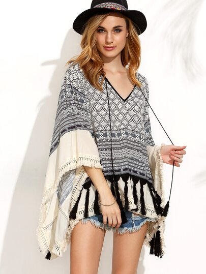 Black and White Print Tassel Hem Batwing Sleeve Blouse