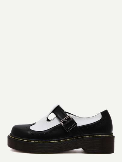 Schuhe Lackleder mit Schnalle - kontrastfarbig