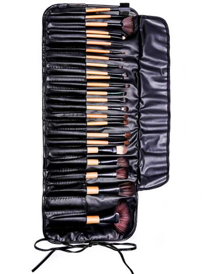 24PCS Natural Brown Professional Makeup Brush Set With Black Bag
