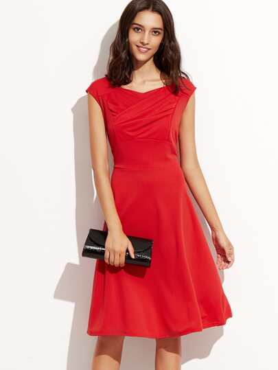Red Sweetheart Collar Ruched Sleeveless Dress