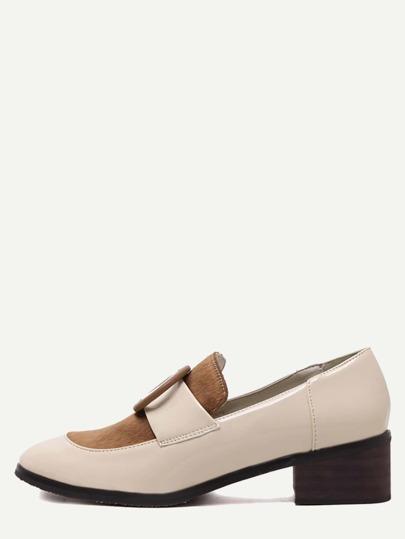Schuhe mit plastischem Schnalle - kamel